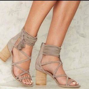 JEFFREY CAMPBELL despina strappy sandals size 9